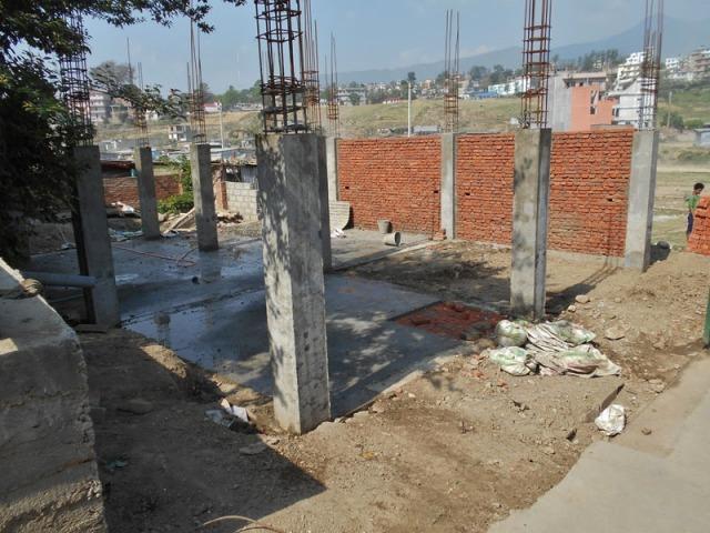 Bâtiment des filles : La construction